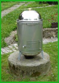 Záhradný gril s vodným kúpeľom VOGR